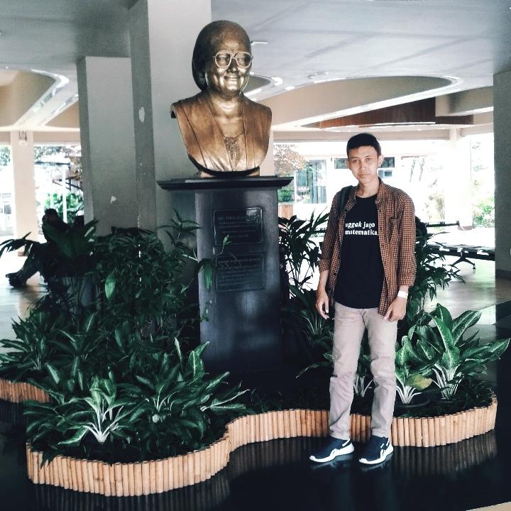 Patung Ibu Tien Soeharto